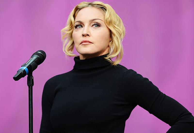 Madonnanın 3 yaxını eyni gündə öldü - Koronavirusa görə