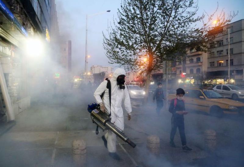 Число умерших от коронавируса в Иране достигло 4 585 человек