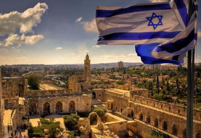 Израиль объявил об открытии границ для привитых туристов