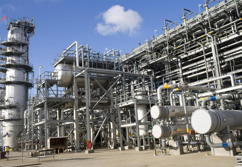 Нефтеперерабатывающим заводам некуда девать свою продукцию