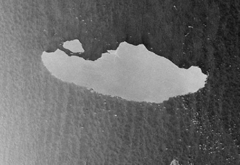 Dünyanın ən böyük aysberqi belə parçalanır