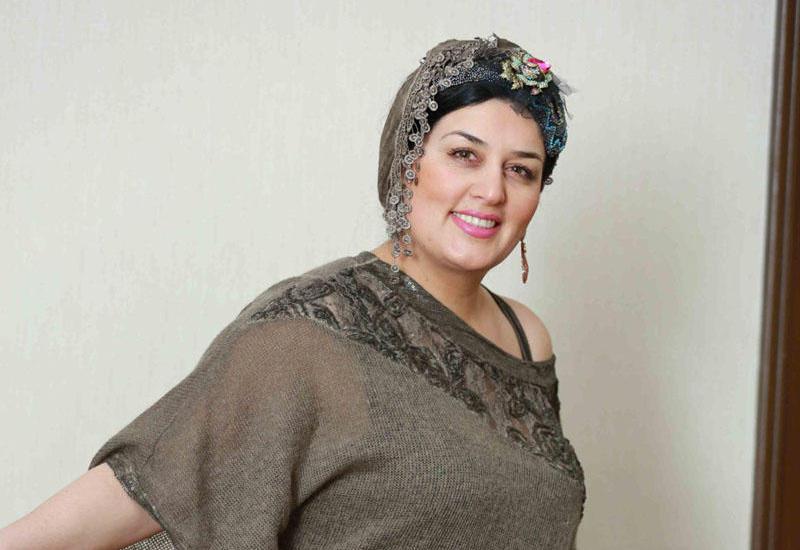 """8 min şəkilini silən Elza - """"Koronavirusla mübarizə aparmışam"""""""