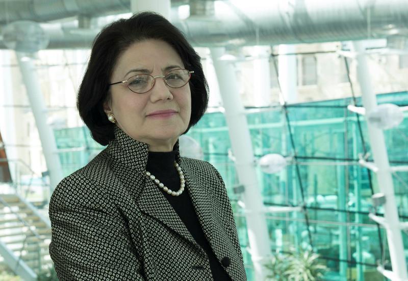 Франгиз Ализаде: Я призываю всех тщательно следовать мерам по борьбе с распространением коронавируса!