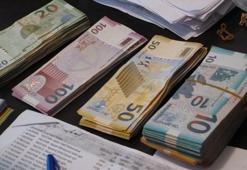 Вкладчикам 4 закрывшихся банков выплатили 536 млн манатов