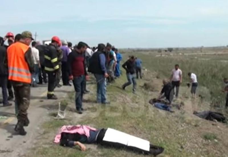4 nəfərin öldüyü, 7 nəfərin yaralandığı dəhşətli qəzanın VİDEOsu