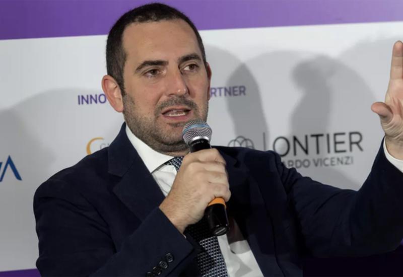 Министр спорта Италии: клубы не имеют права возобновлять тренировки до 18 мая