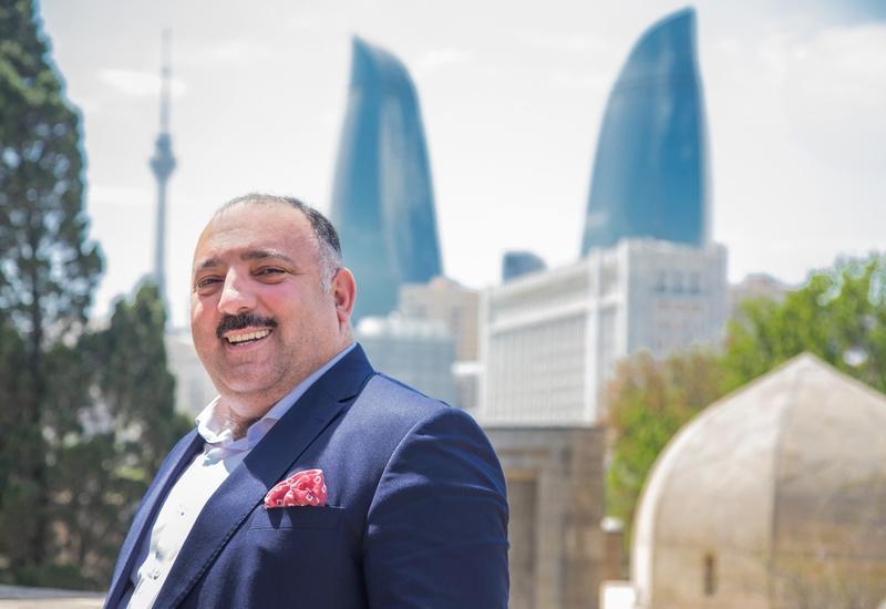 """Бахрам Багирзаде выпустил серию книг """"Архитектура Баку"""""""