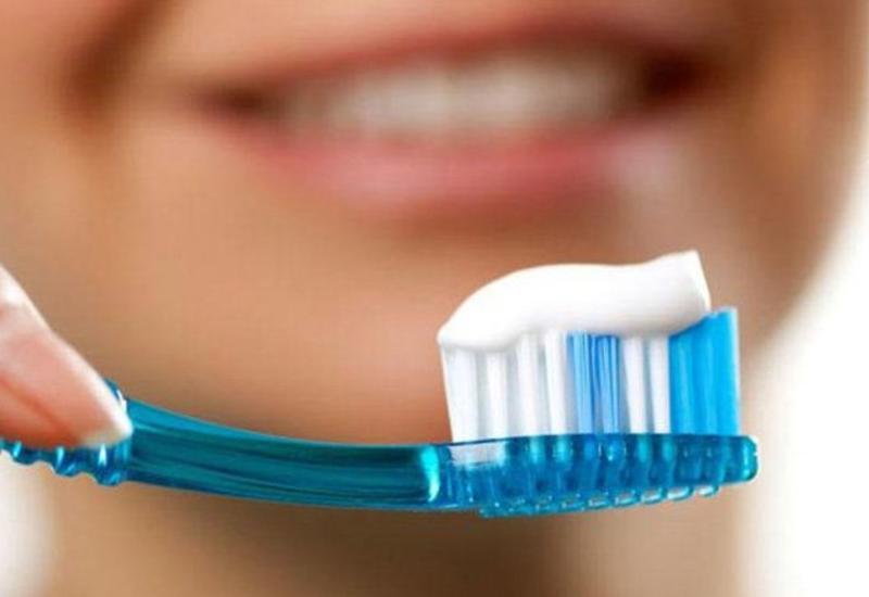 Oruc olarkən dişləri yumaq və fırçalamaq olarmı?