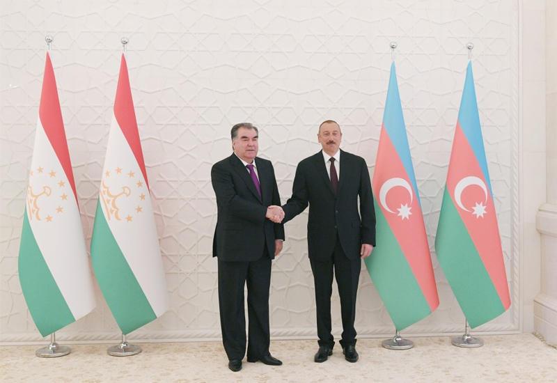 Prezident İlham Əliyev və Tacikistan Prezidenti Emoməli Rəhmon arasında telefon danışığı olub