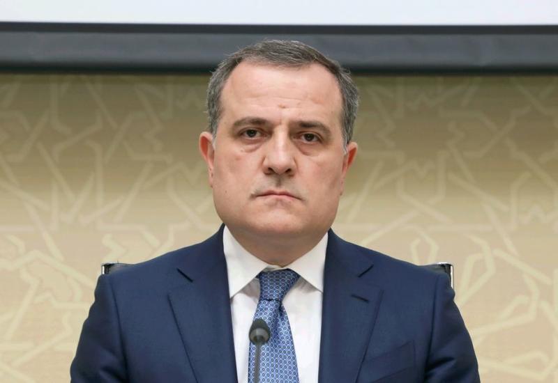 Президент Туркменистана принял Джейхуна Байрамова
