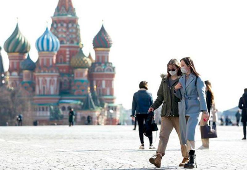 В Москве станет обязательным ношение масок и перчаток в общественных местах