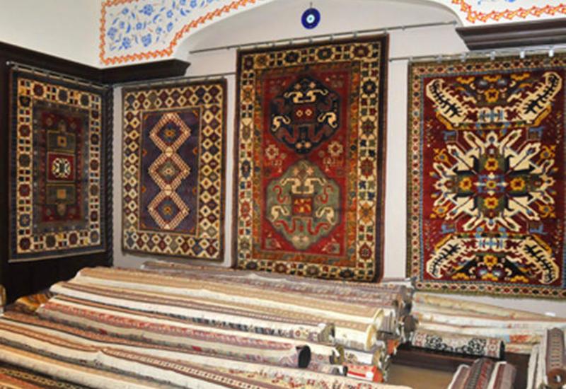 Национальный музей ковра представил историю Карабахского ковра