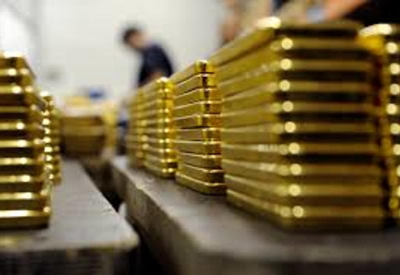 Российские банки распродают свои золотые запасы