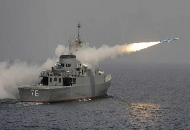 Фрегат ВМС Ирана потопил свой корабль, есть погибшие