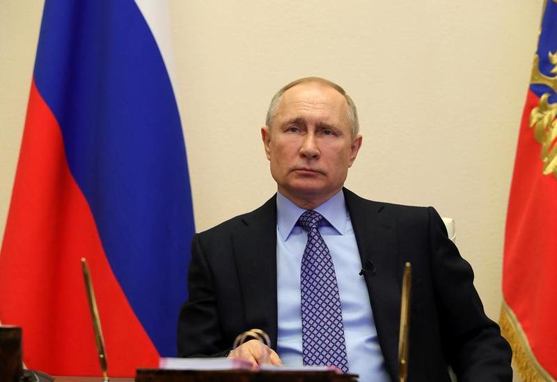 Владимир Путин поручил кабмину представить план действий по восстановлению экономики