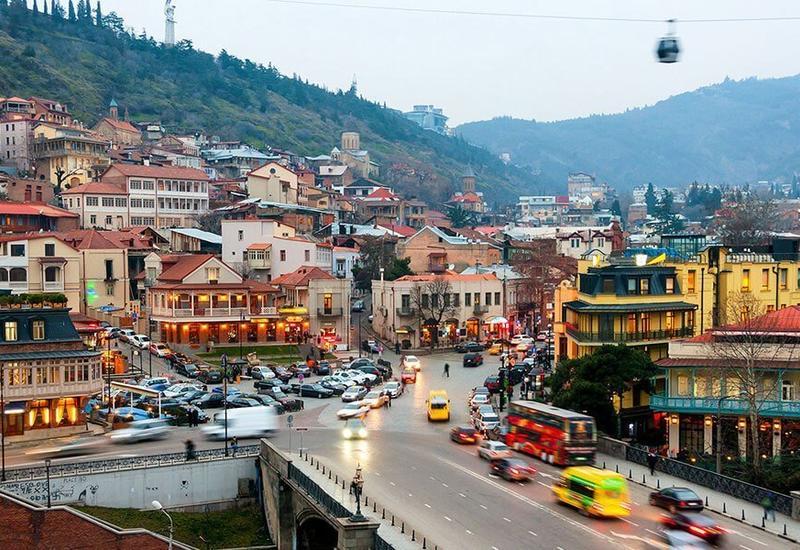 Тбилиси открыли для въезда и выезда