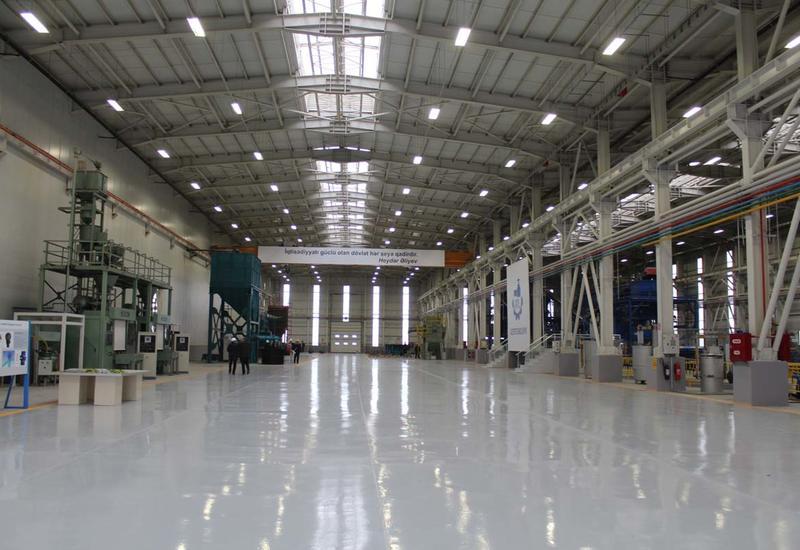 На заводе Сумгайытского технопарка началось производство дезинфекционных тоннелей