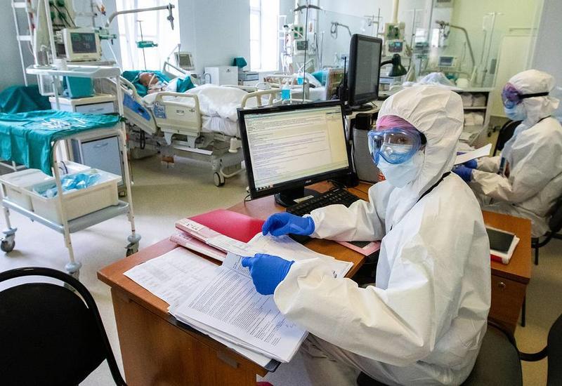 Рост числа заразившихся коронавирусом в России второй день подряд ниже 10 тыс.