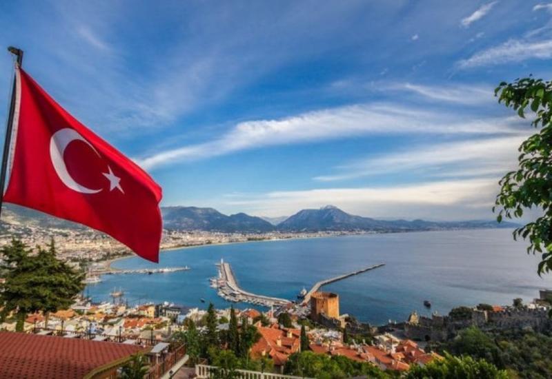 Турция не примет в июне туристов из стран с большим числом случаев коронавируса