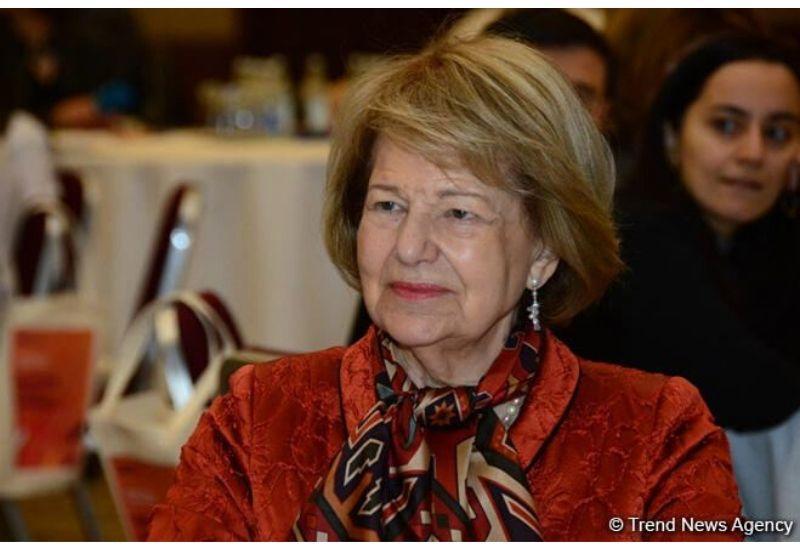 Баронесса Эмма Николсон: Великобритания и Азербайджан могут работать в тесном контакте по всем направлениям на взаимовыгодной основе