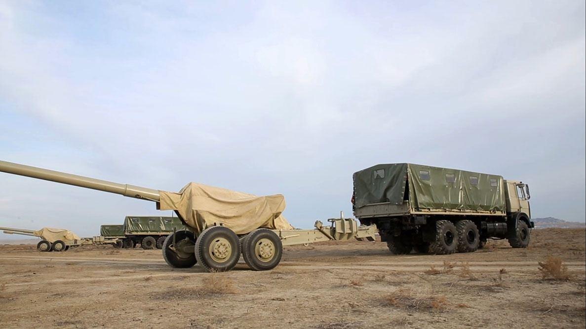 Закир Гасанов заслушал доклады командиров в рамках учений