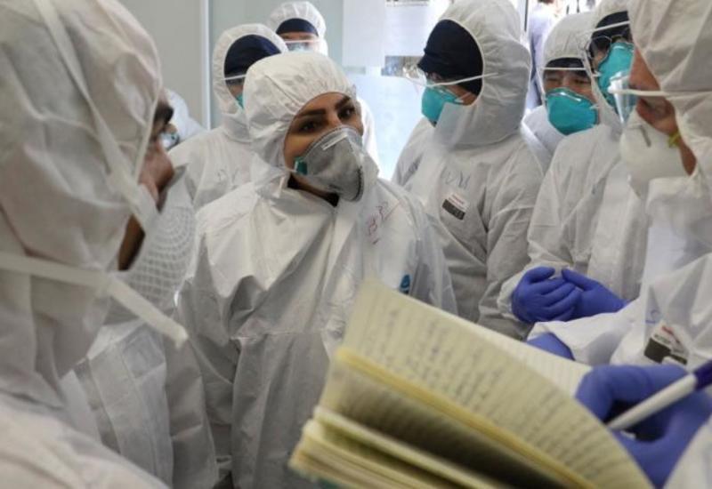 В Иране у 10 тысяч медработников выявили COVID-19