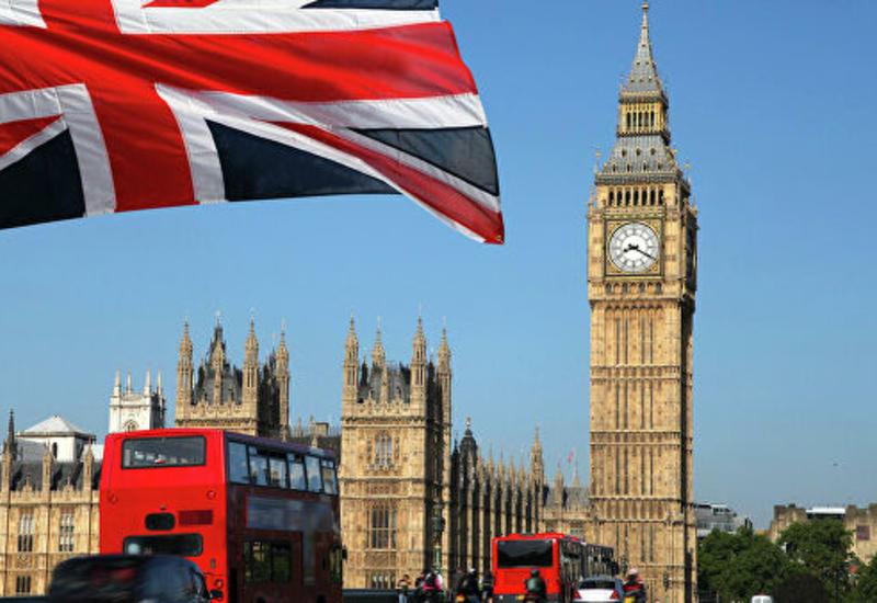 Власти Британии обяжут прибывших из-за рубежа самоизолироваться на две недели