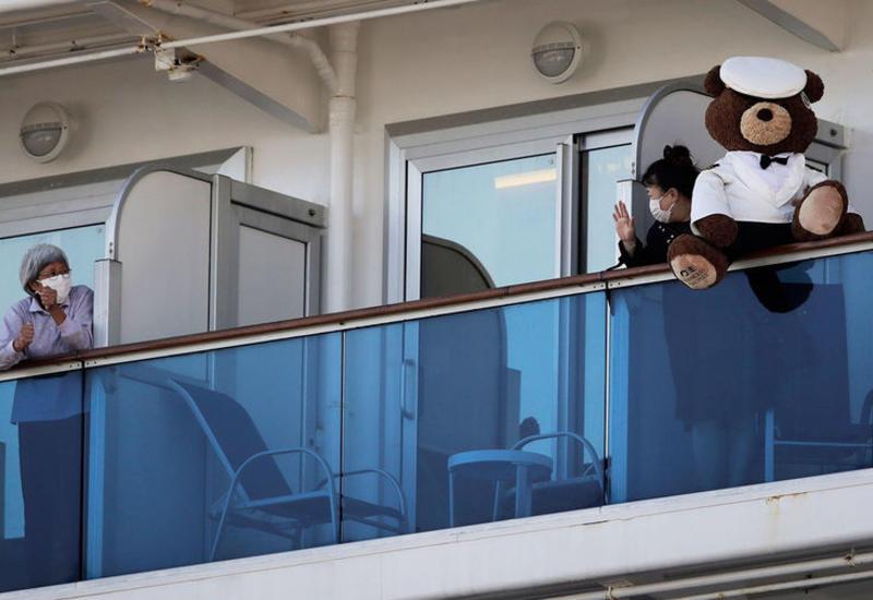 В порту Барселоны круизное судно поместили на карантин