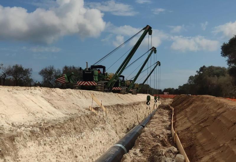 Албанский участок азербайджанского трубопровода начали заполнять газом