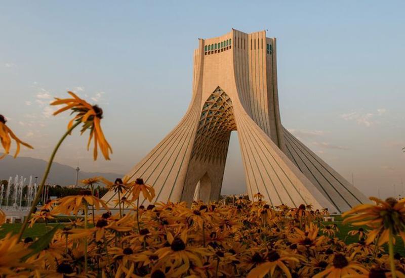 Иран открывает границы с тремя странами