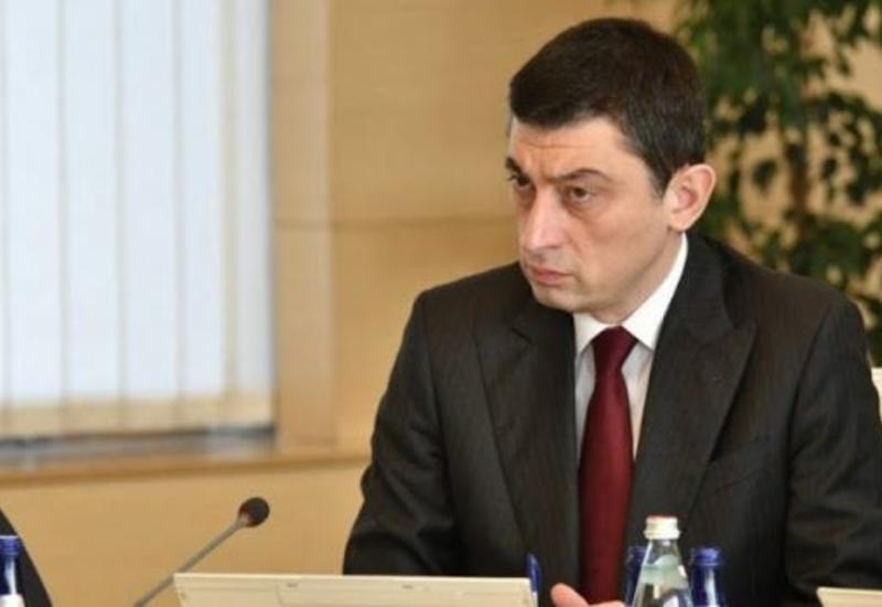 Премьер Грузии пригрозил штрафами заведениям, нарушающим правила по коронавирусу