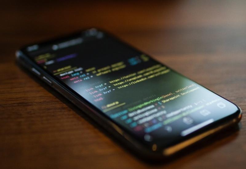 Уязвимость в iOS сделала возможным универсальный джейлбрейк