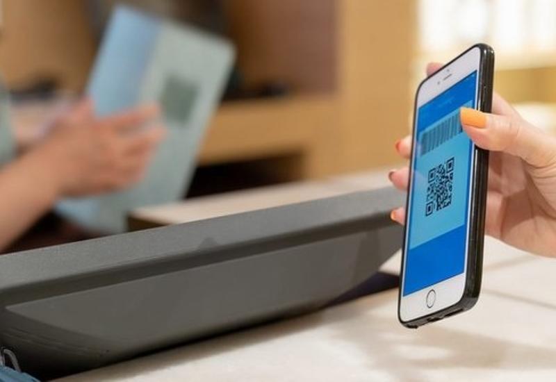 В Москве бумажный паспорт поменяют на мобильное приложение
