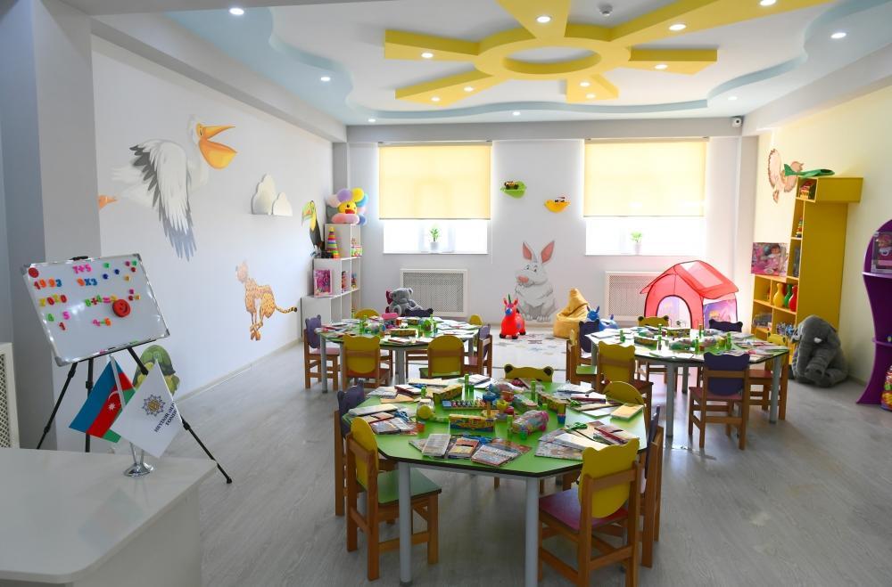 Президент Ильхам Алиев и Первая леди Мехрибан Алиева приняли участие в открытии жилого комплекса «Гобу Парк-3», возведенного для вынужденных переселенцев