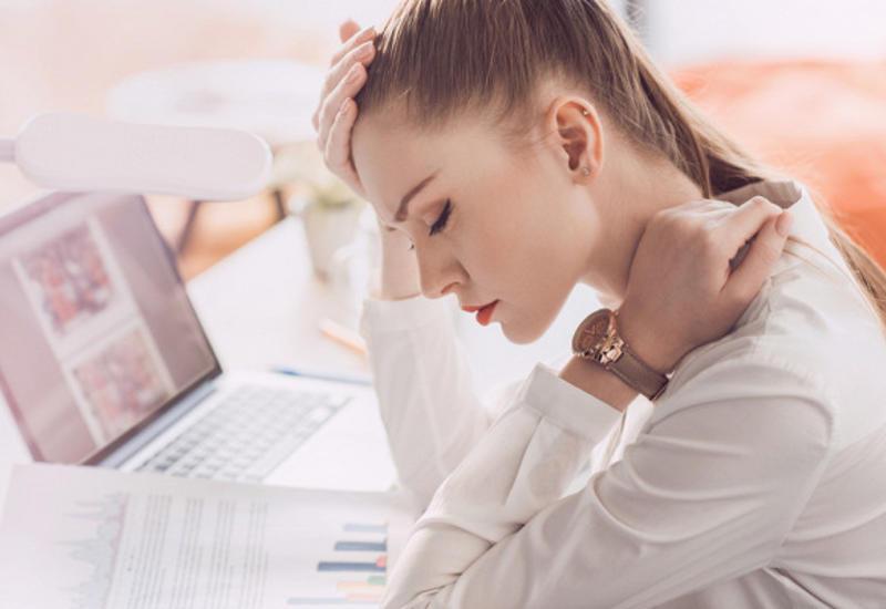 Как сидение за компьютером влияет на организм человека