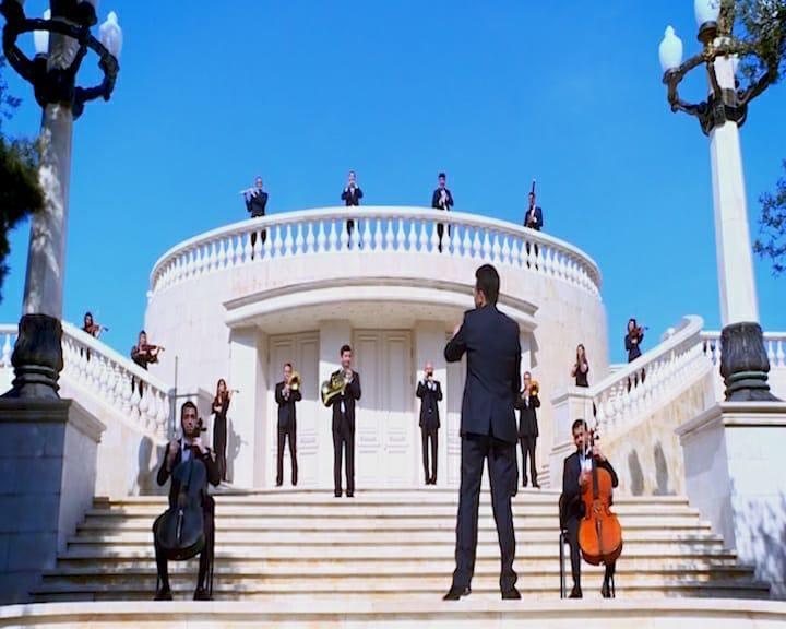 Известные певцы исполнили песню Муслима Магомаева