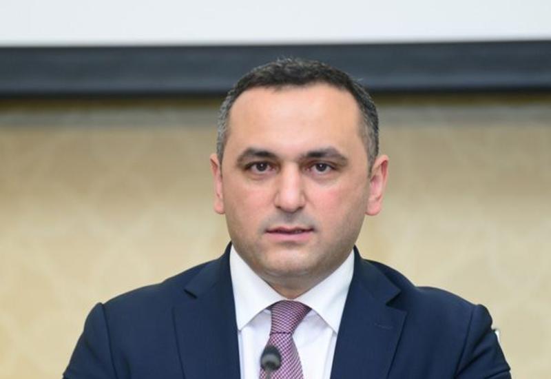 Рамин Байрамлы прокомментировал инцидент в бакинском метро