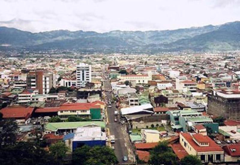 Власти Коста-Рики продлили до конца июня закрытие границ из-за коронавируса