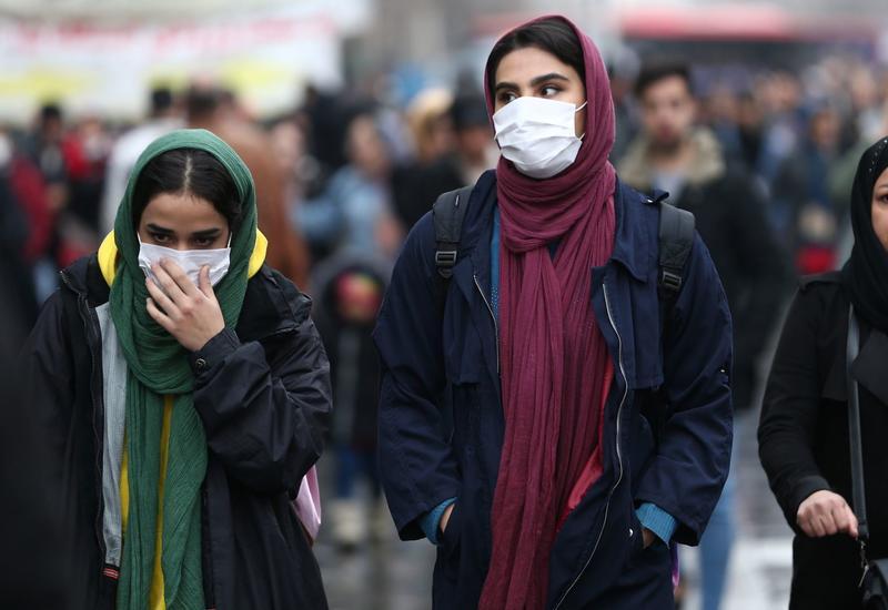 В Иране за сутки умерли 216 пациентов с коронавирусом