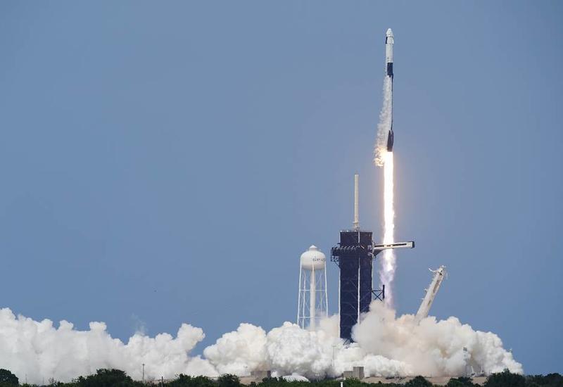 Корабль Crew Dragon вышел на орбиту