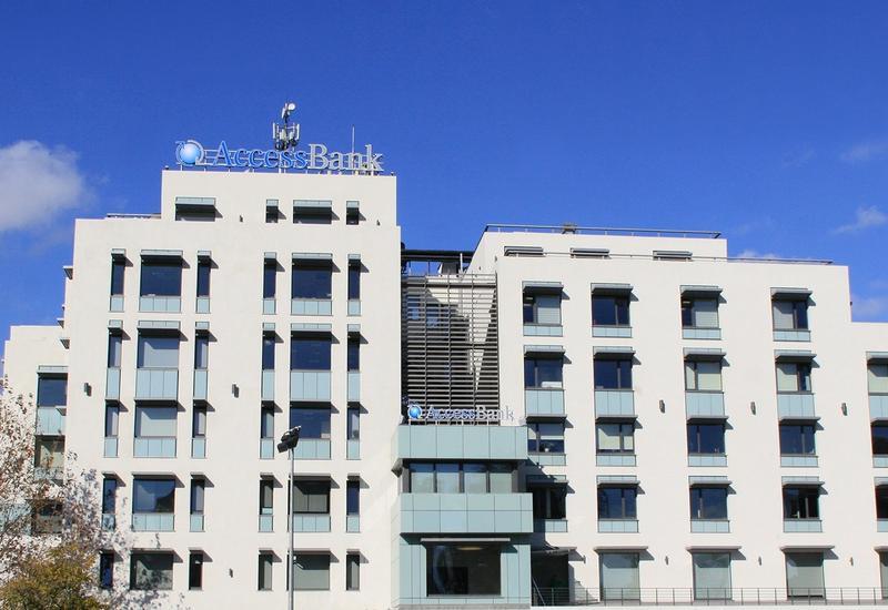 Совокупный капитал AccessBank-а превышает регулятивную норму (R)