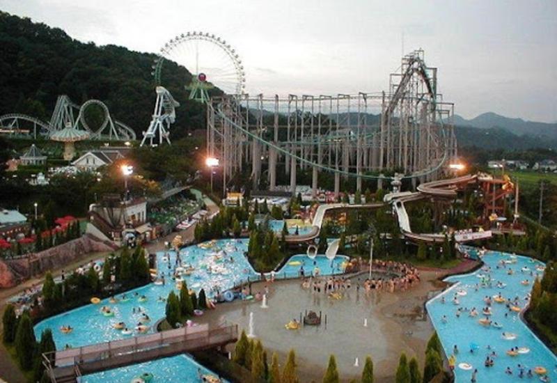 В Японии возобновляет работу известный парк развлечений