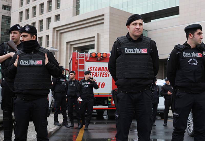 Спецоперация в Стамбуле, десятки задержанных военных