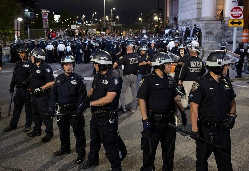 Комендантский час не остановил протесты в Нью-Йорке