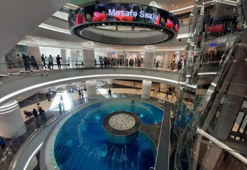 Сегодня открываются моллы и торговые центры в Азербайджане
