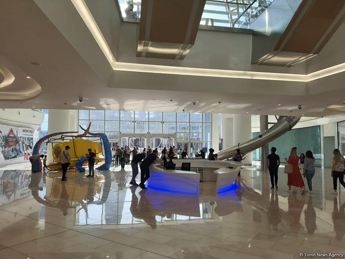 Как выглядит недавно открывшийся Deniz Mall