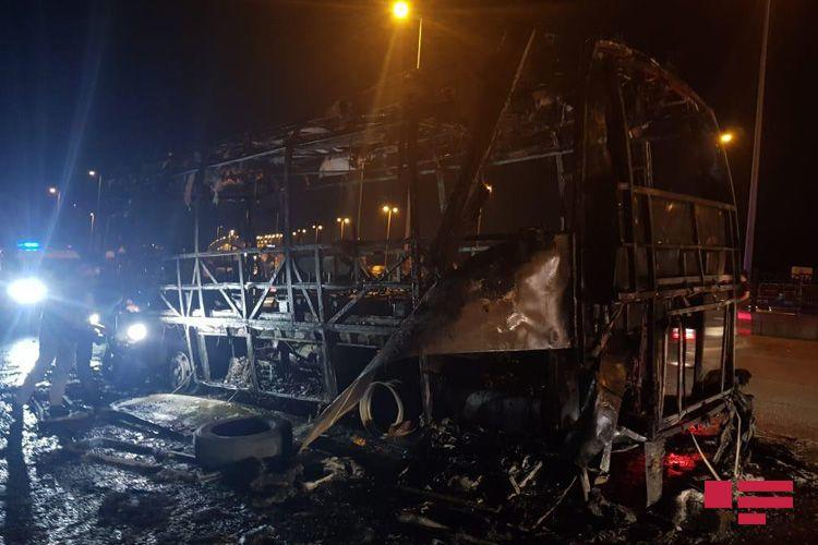 В Баку взорвался автобус