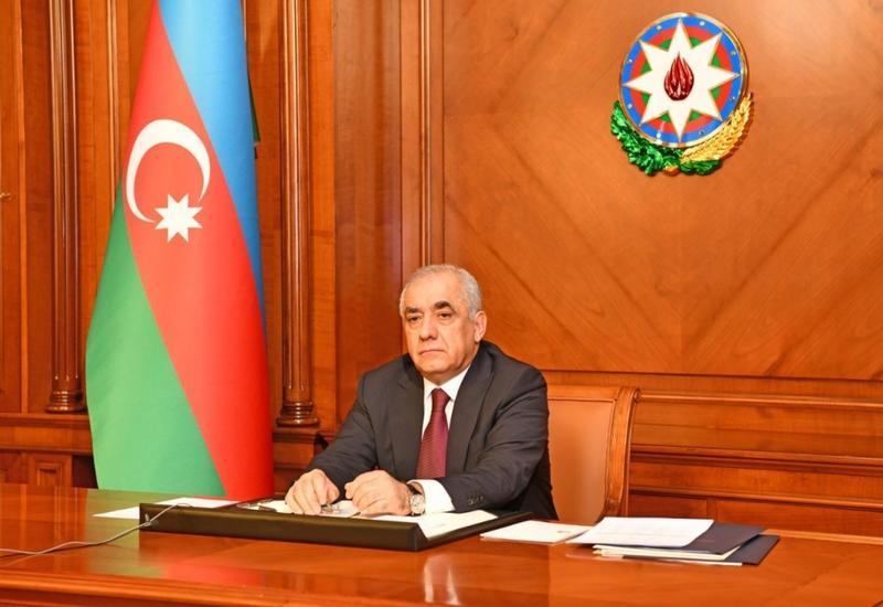В Баку и других городах вводится жесткий карантин на выходных - с 00:00 ...