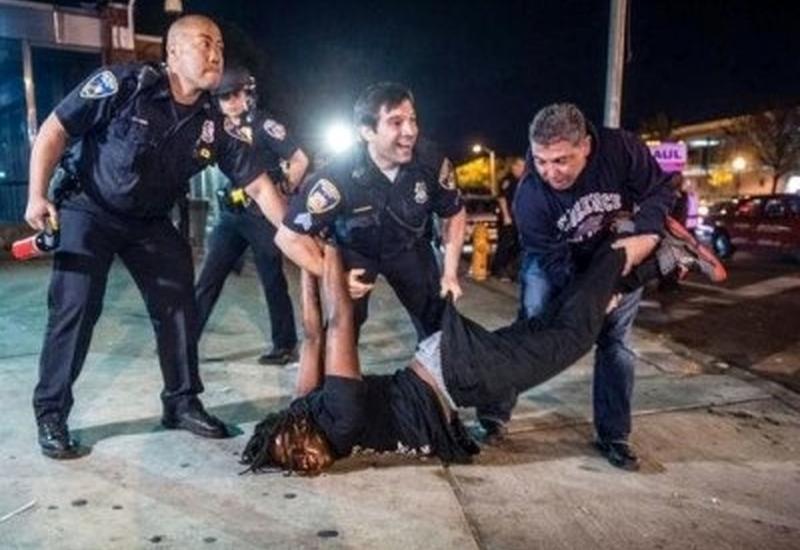 """Слоган американской полиции - """"служить и защищать"""" - уже потерял всякий смысл"""