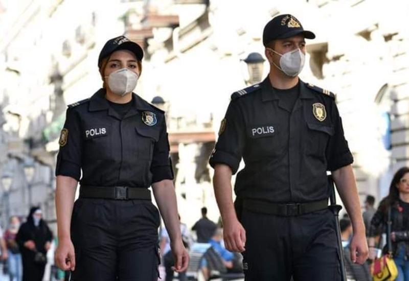 В Баку оштрафованы владелец и посетители кафе, нарушившего карантин
